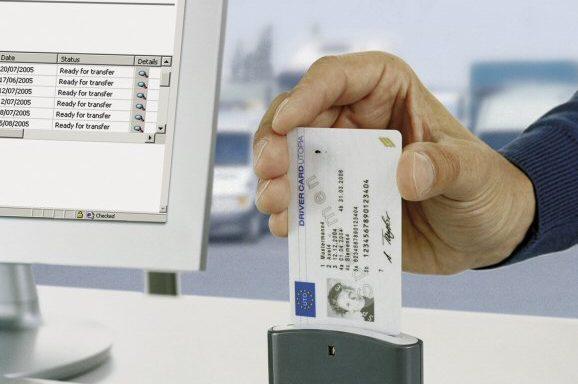 lector de tarjeta de tacógrafo digital